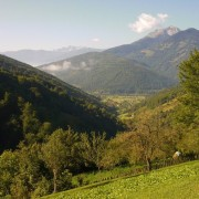 Pogled na dolinu i vrhove Visitora